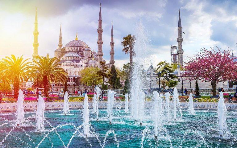 Κωνσταντινούπολη- Η Αιώνια, μυστήρια και ατμοσφαιρική πόλη